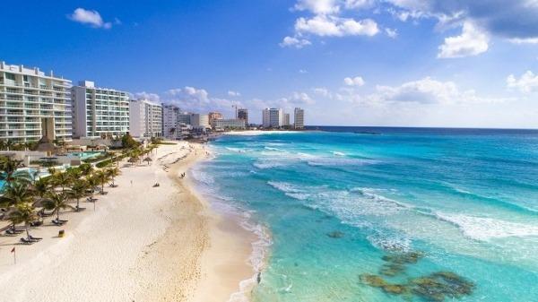 Camboriú y Cancún eligen los jóvenes para viajes de fines de curso